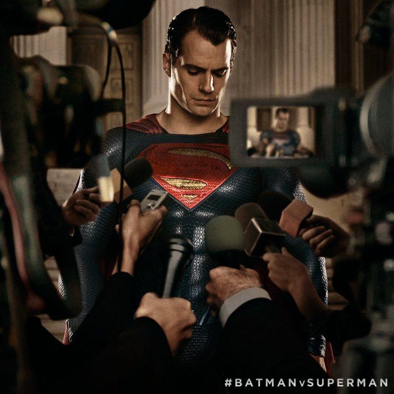 BvS_Superman_Press_Court
